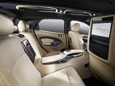 Ford EcoSport фото мультимедийная система