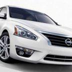 седан Nissan Altima