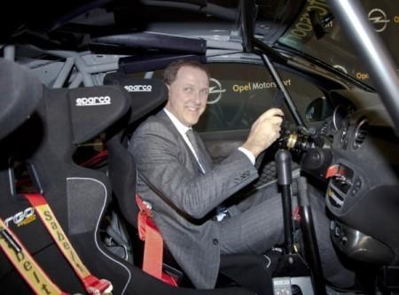 новый Opel Astra фото салона