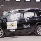 Краш-тесты Jeep Cherokee и Peugeot 2008