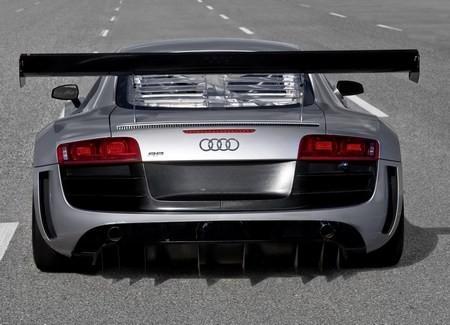 Audi R8 фото сзади
