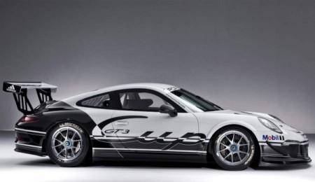 Porsche 911 GT3 вид сбоку
