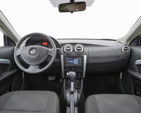 Nissan Almera Фото салона