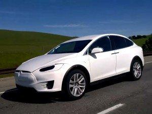Кроссовер Tesla Model X
