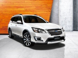 Subaru представила Exiga Crossover 7
