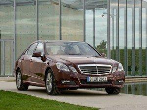 Daimler рассматривает возможность постройки завода