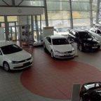 Продажи автомобилей в России упали