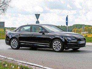Новую Audi A4 заметили без камуфляжа