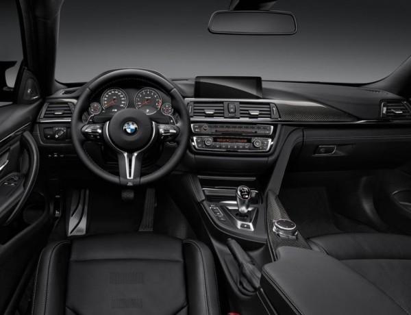 купе BMW M4 салон