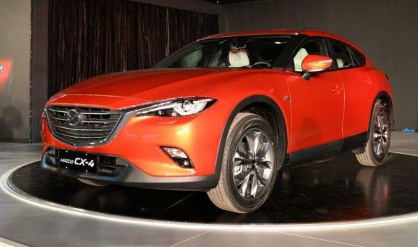 кроссовер Mazda