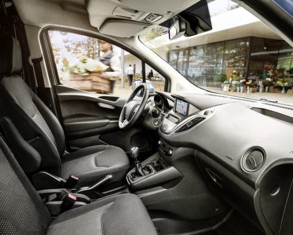 Форд Транзит Коннект фото салона